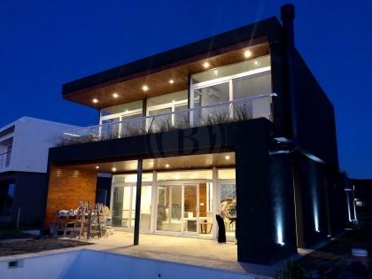 alquiler-marzo-casa-puertos-del-lago-maschwitz-escobar-92494