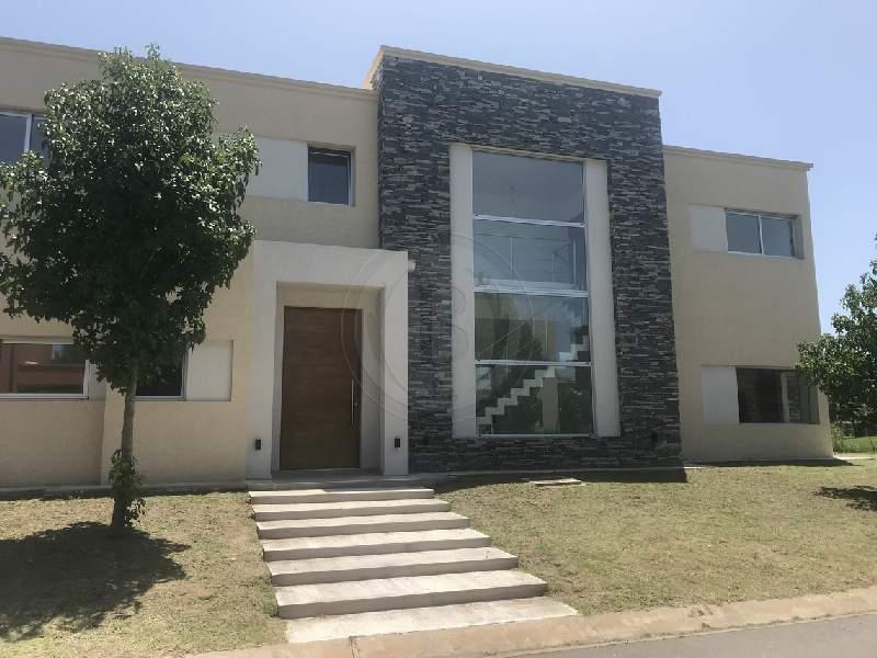 venta-casa-ayres-plaza-km-40-al-50-pilar-81872