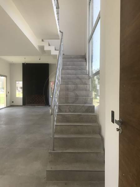 venta-casa-ayres-plaza-km-40-al-50-pilar-81877