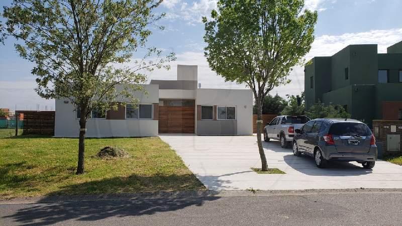 venta-casa-el-canton-maschwitz-escobar-70418