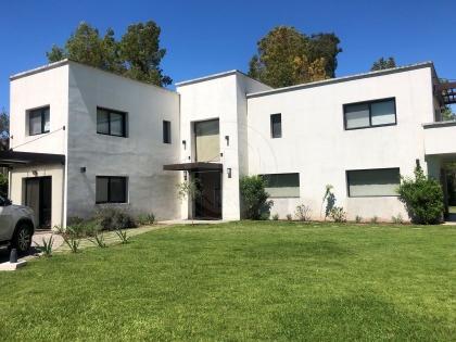 venta-casa-las-beatrices-km-35-al-40-pilar-99619