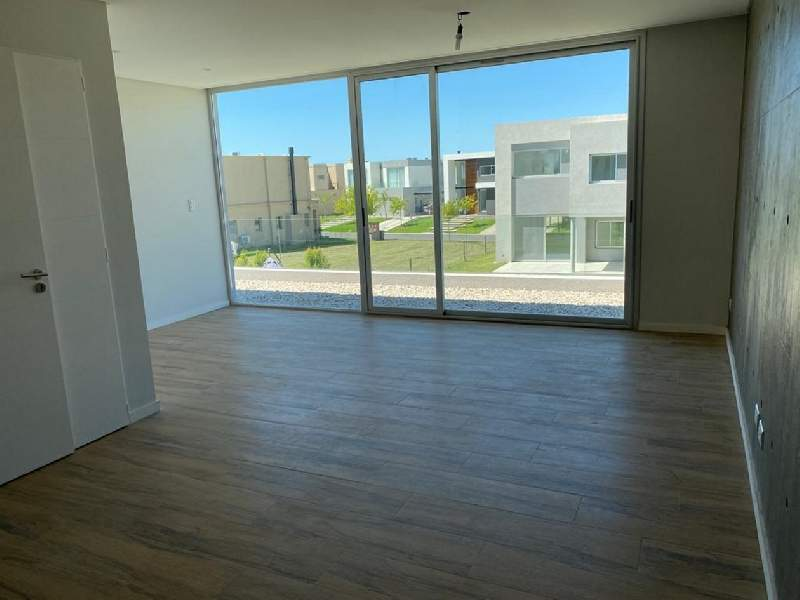 venta-casa-las-tipas-nordelta-tigre-82332