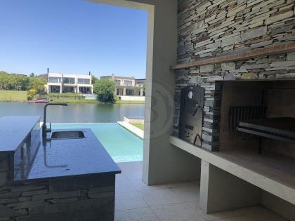venta-casa-los-lagos-nordelta-tigre-103905