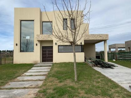 venta-casa-puertos-del-lago-maschwitz-escobar-108131
