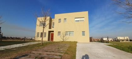venta-casa-puertos-del-lago-maschwitz-escobar-119229