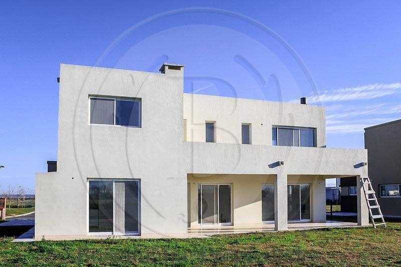 venta-casa-puertos-del-lago-maschwitz-escobar-69670