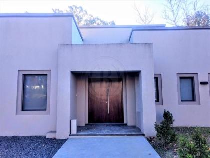 venta-casa-springdale-km-50-al-60-pilar-99349